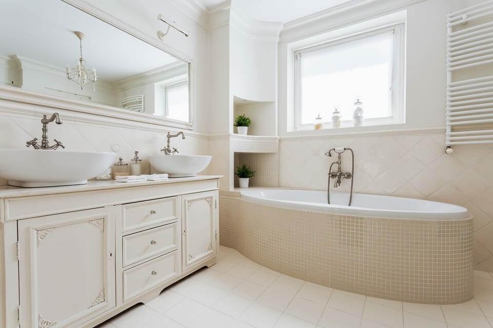 Đặt bồn tắm nằm ở đâu khi phòng tắm nhỏ?