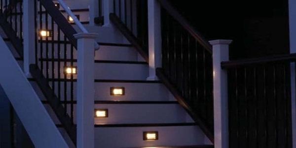 Đèn chiều sáng bậc thang, cầu thang