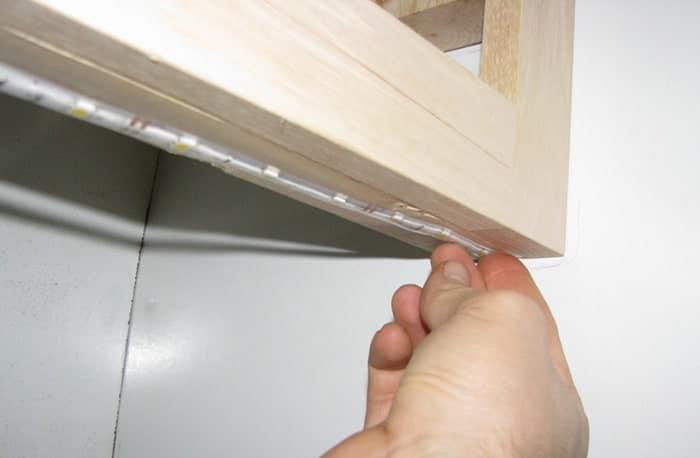 Hướng dẫn chi tiết cách treo dây bóng lên tường